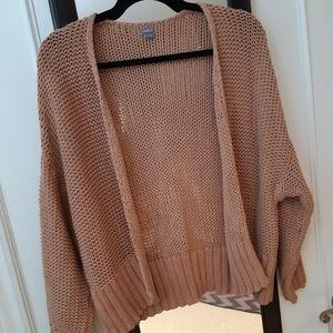 Cropped loose knit cardigan